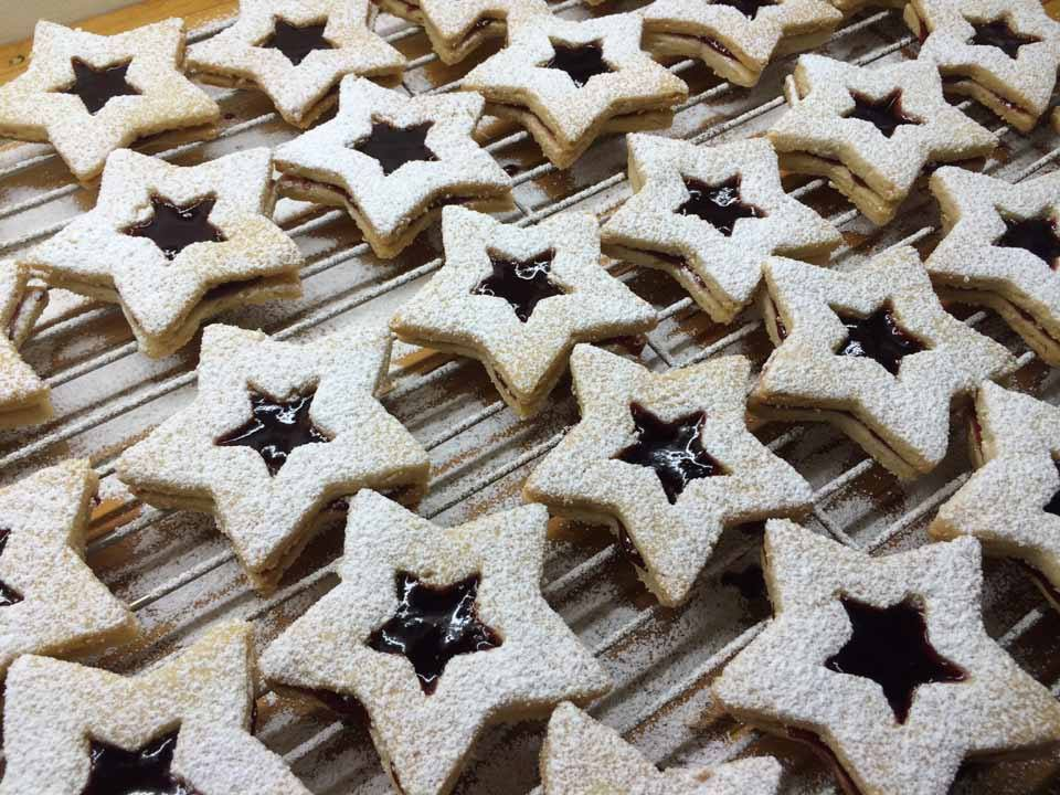 Red Currant-Raspberry Linzer Stars